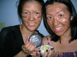 gals+ LUSH choco mask = happiness!