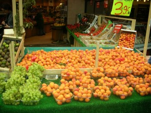 fresh fruit markets