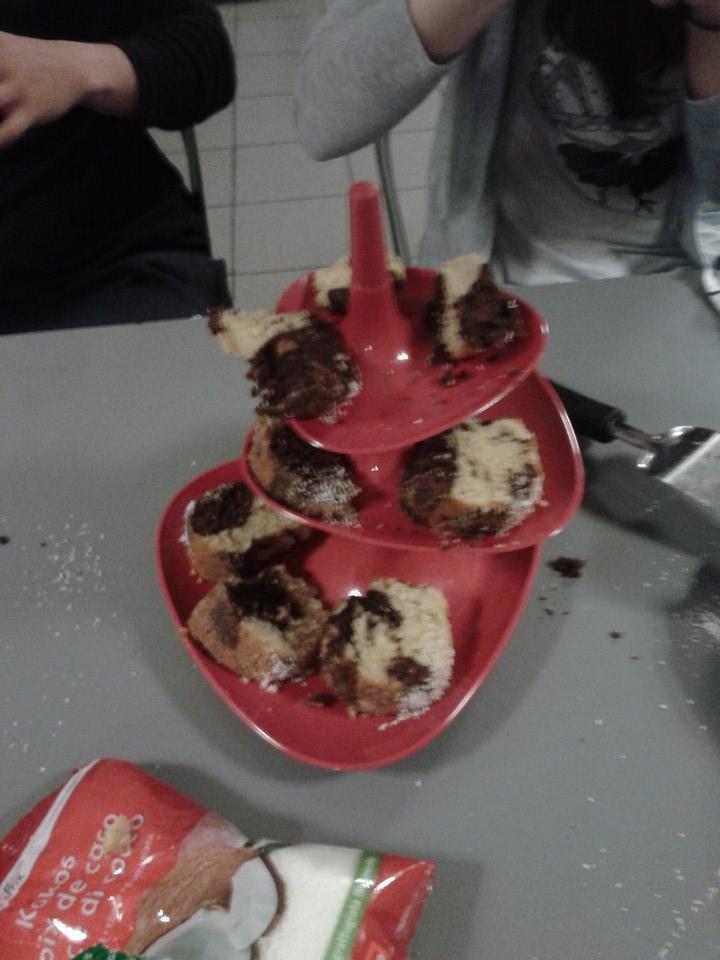 Cake platter makes everything better!
